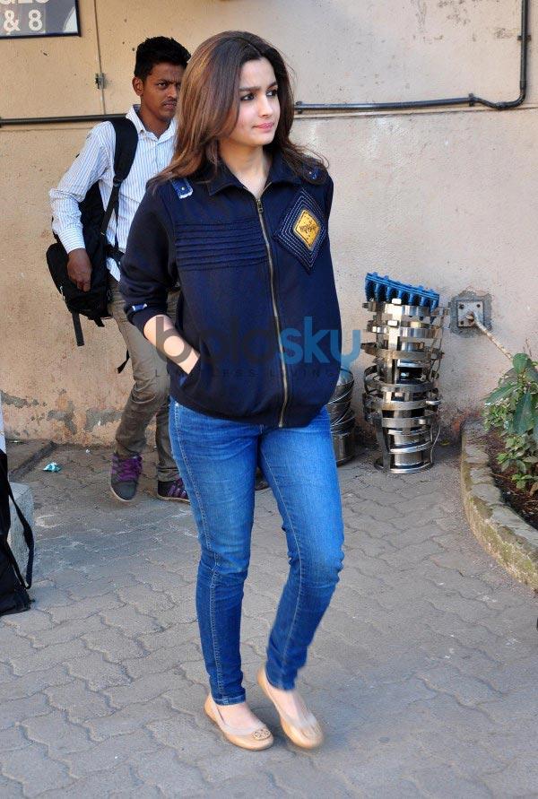 Alia Bhatt stuns during Highway Promotions