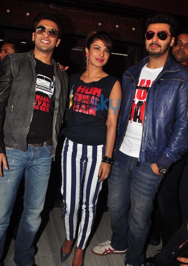 Gunday star cast at Gaiety Galaxy theatre