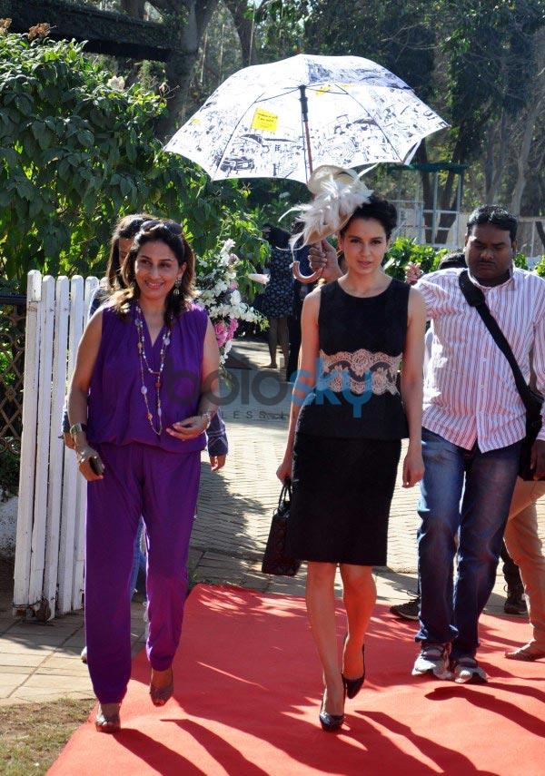 Bollywood celebs stuns at Mahalaxmi Race Course