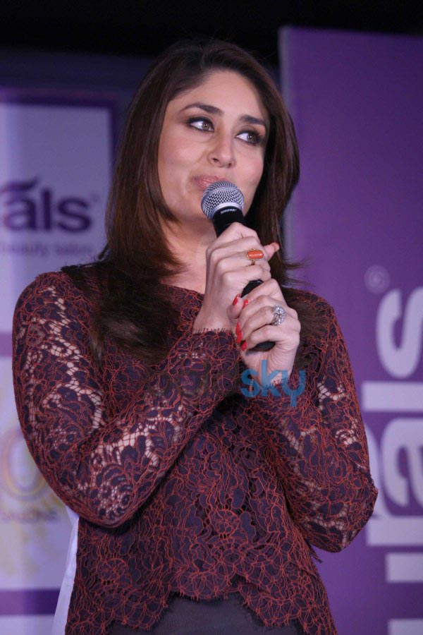 Kareena Kapoor Khan at Naturals Brand event
