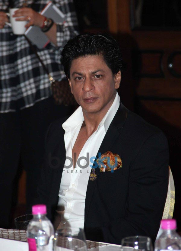 SRK launches Discovery Channel New show