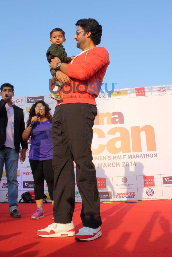 Abhishek Bachchan at DNA I Can Women's Half Marathon 2014