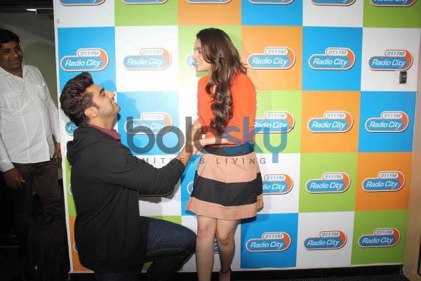 Arjun Kapoor and Alia Bhatt during 2 states promotion
