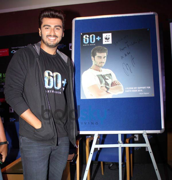 Arjun Kapoor endorses Earth Hour 2014