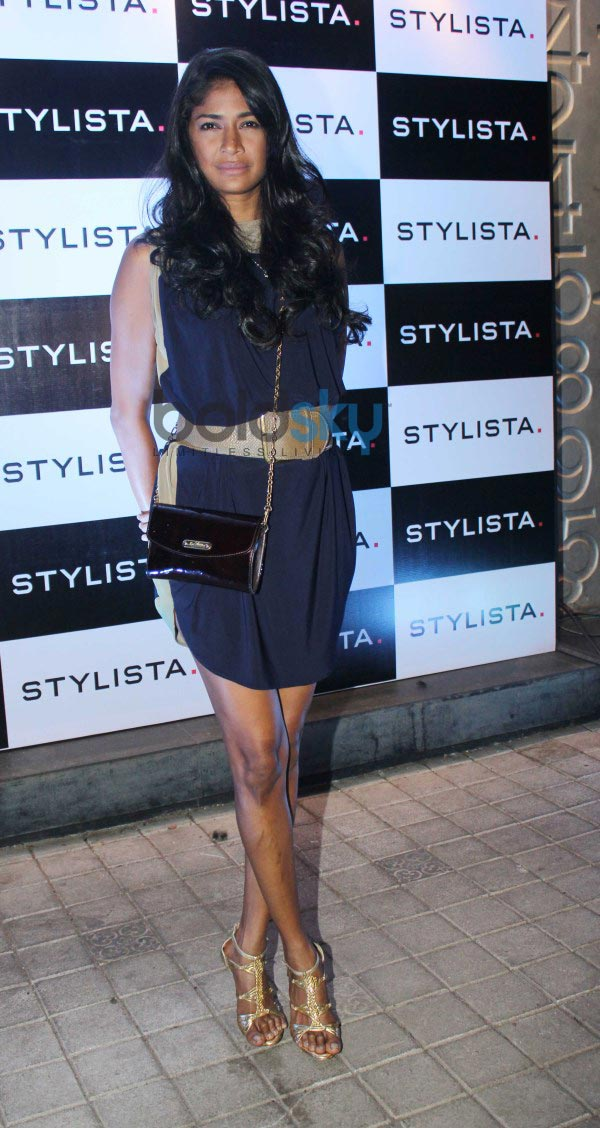 Bollywood Celebs stuns at stylista party