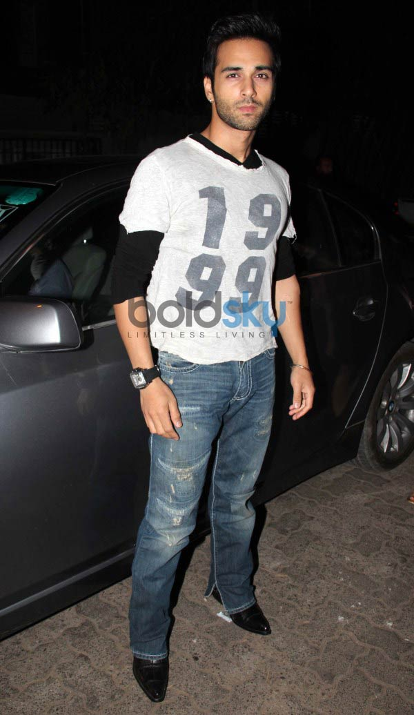 Salman Khan at screening of  O Teri Film