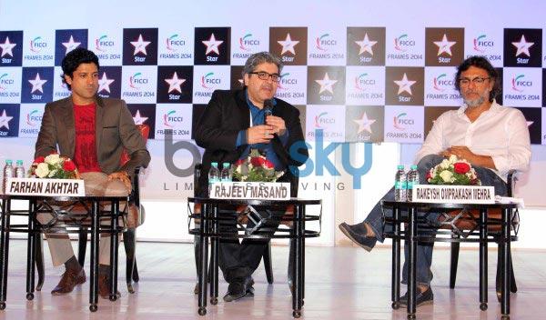 Sonam Kapoor and Farhan Akhtar at FICCI Frames 2014