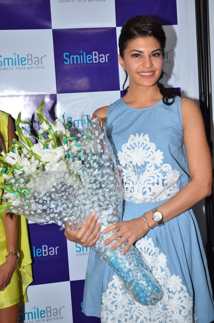 Jacqueline Fernandez At Dental Specialty Clinic Smile Bar