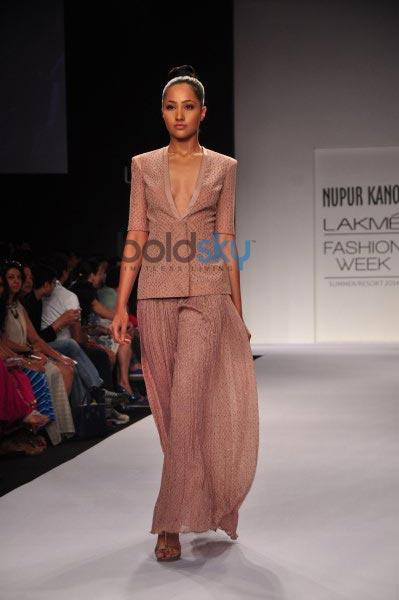 LFW 2014 Nupur Kanoi show