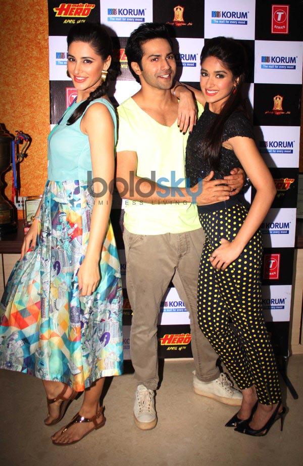 Nargis,Varun,Ileana stuns during Main Tera Hero promotion