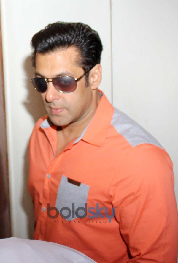 Salman Khan on CNN-IBN's Veer campaign