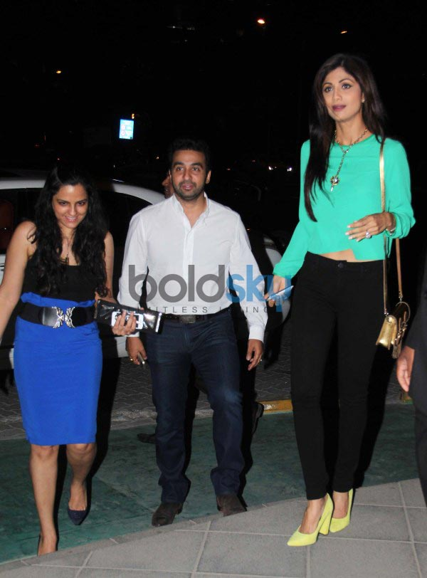 Harman, Bipasha, Shilpa snapped at yauatcha restaurent in bandra