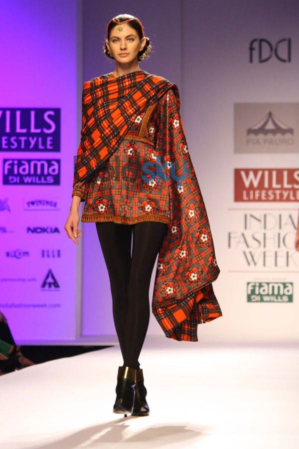 WIFW 2014 day 3 Pia Pauro show