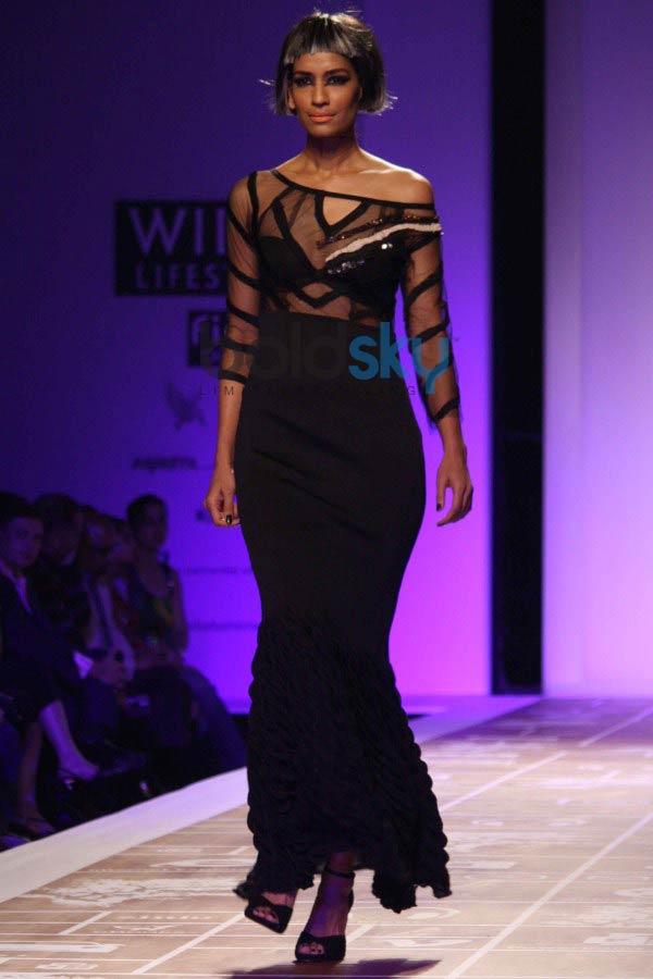 WIFW 2014 Rina Dhaka show