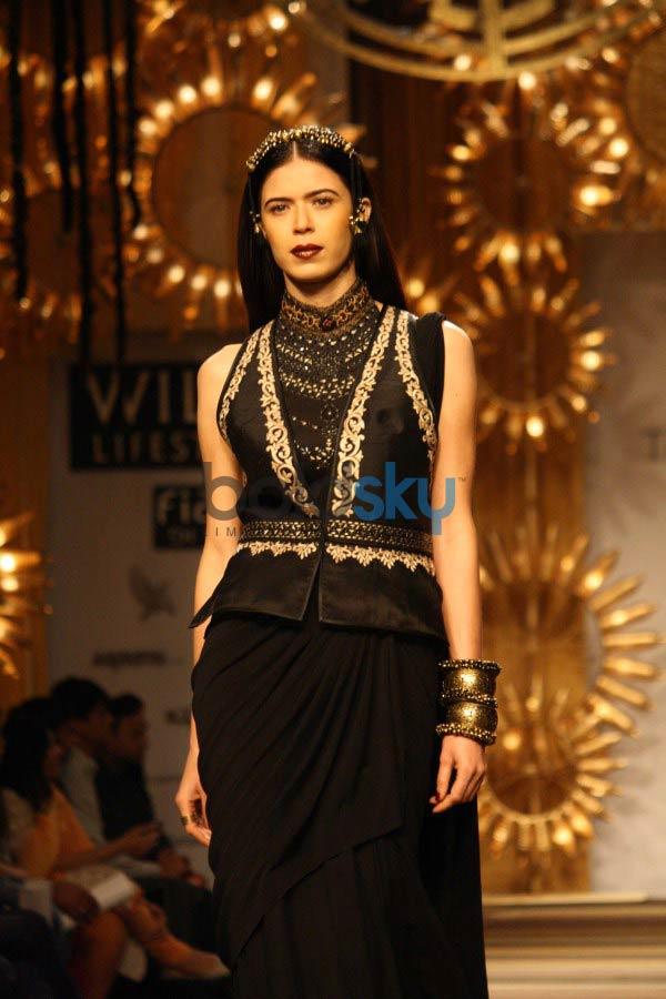 WIFW 2014 Tarun Tahiliani show