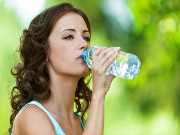 5 Easy Ways To Treat Dehydration While Travelling