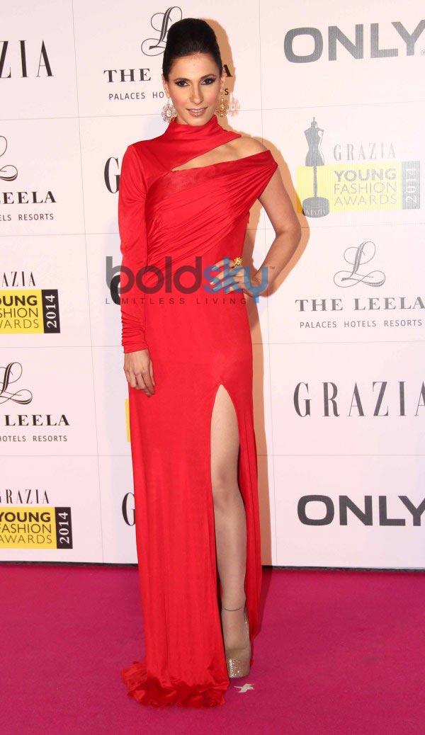 Celebs stuns at Grazia Young Fashion Awards 2014
