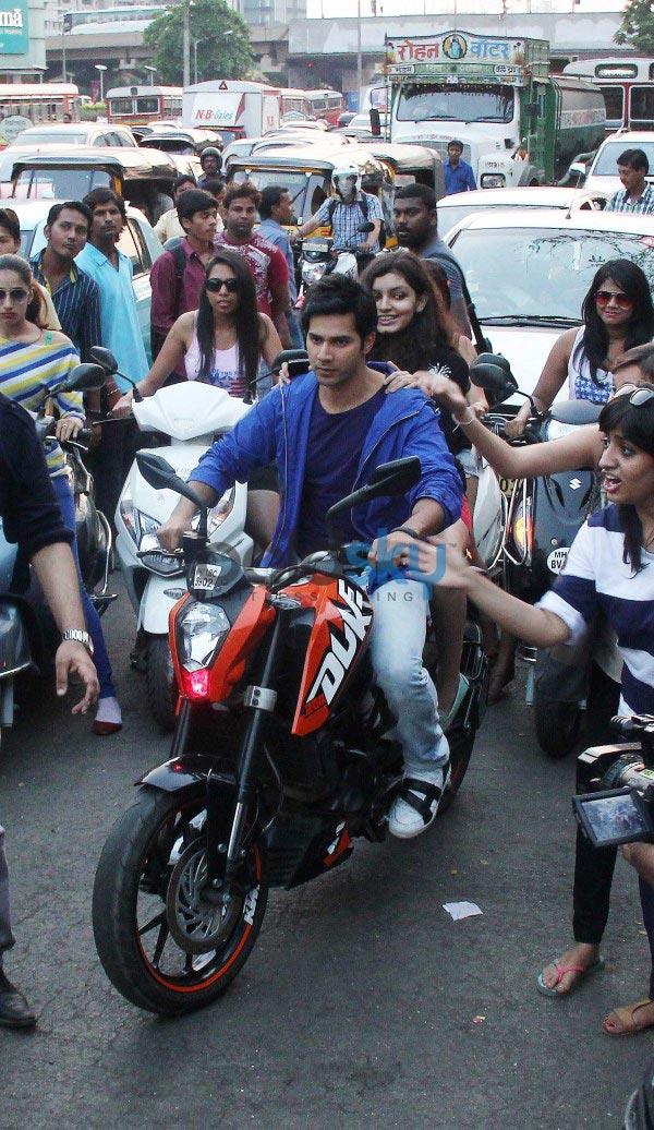 Varun Dhawan and Ekta Kapoor during Main Tera Hero promotion