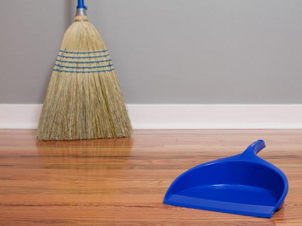 9 Best Home Remedies To Clean Wooden Floors