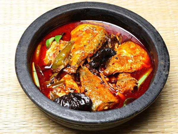 Machcher Jhaal Spicy Bengali Fish Curry