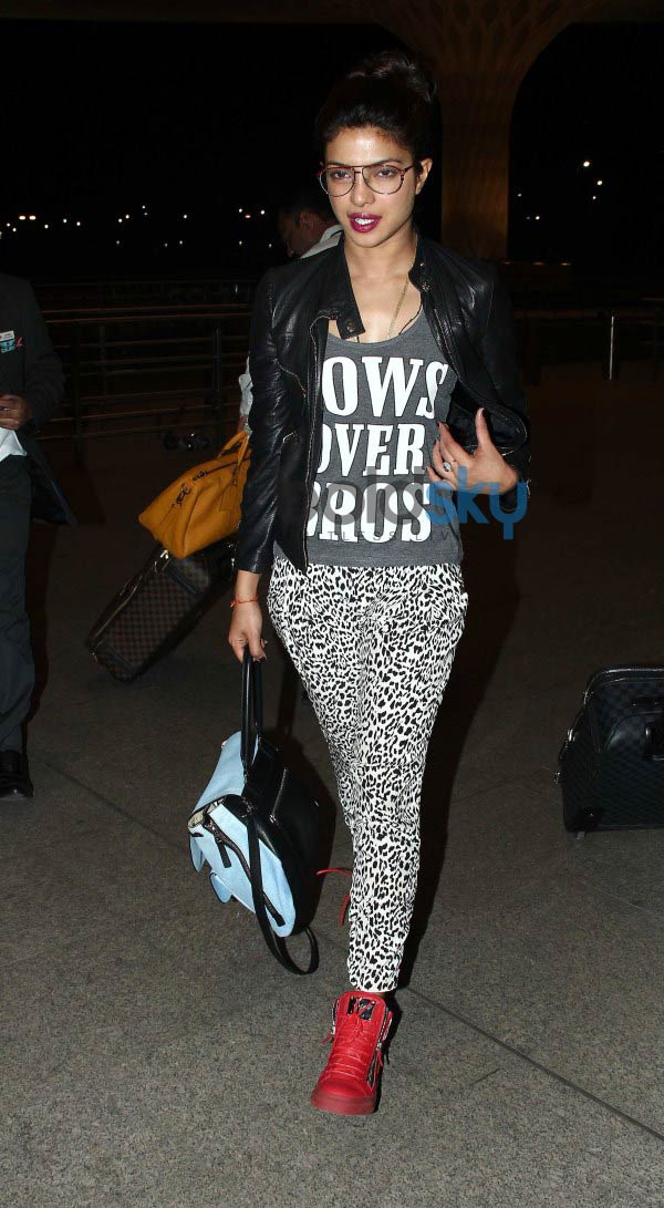 Anil Kapoor, Priyanka and Ranveer leaves for Shooting