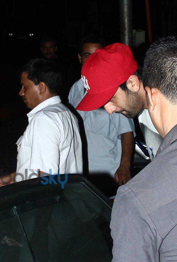 Ranbir Kapoor snapped at Restaurent in Bandra