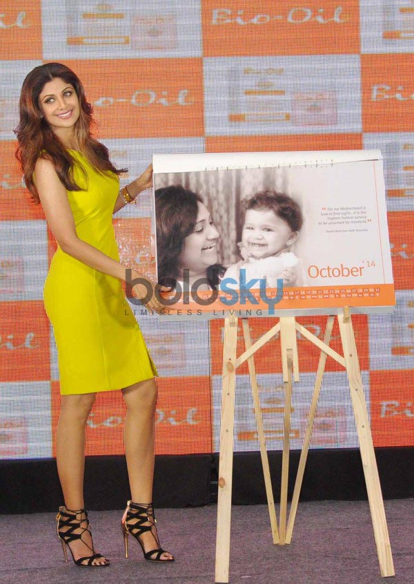 Shilpa Shetty stuns during Yummy Mummy Calender launch