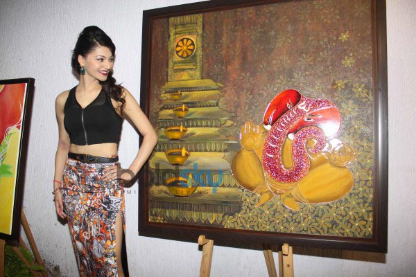 Urvashi Rautela at J S Art Gallery Exhibitions
