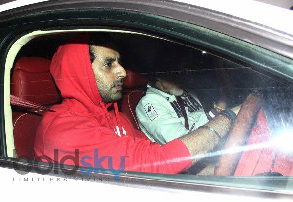 Amitabh and Abhishek Bachchan Snapped at PVR