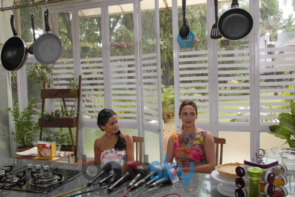 Esha Deol stuns during a Food Show