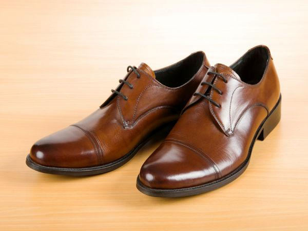 Best Ways To Keep Your Shoes From Smelling