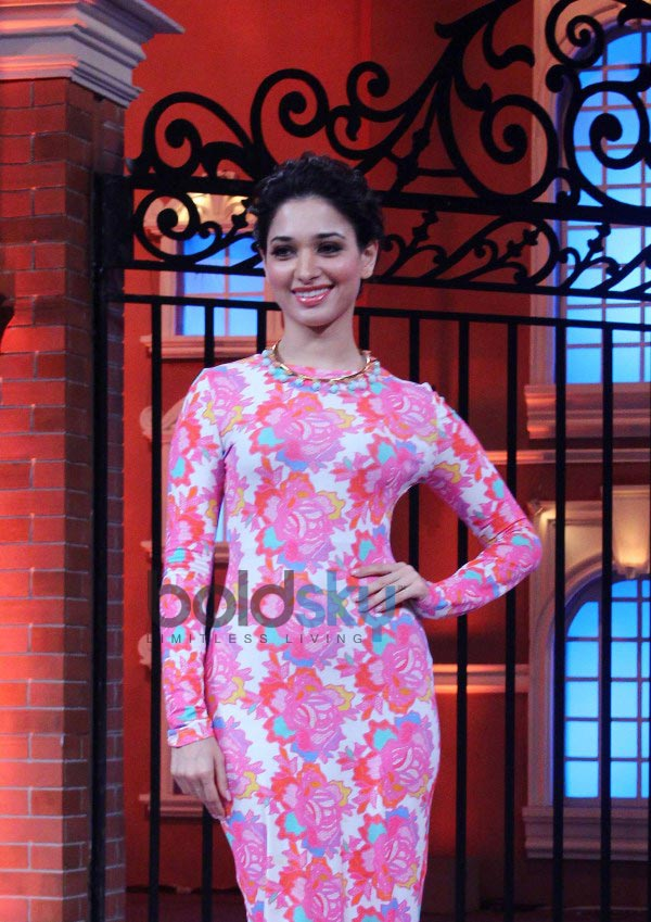 Esha Gupta and Tamannaah Bhatia at Humshakals Promotion
