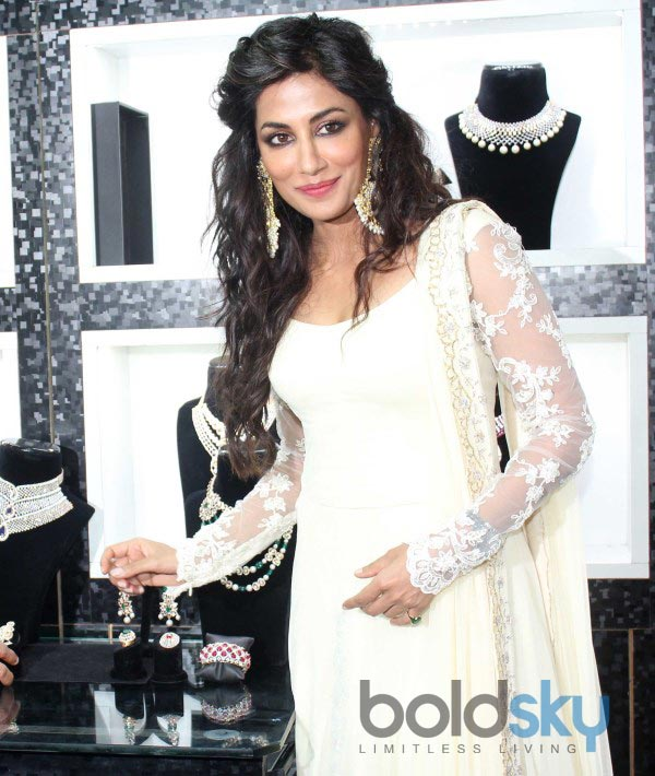 Chitrangada Singh stuns at Glamour North Mumbai 2014