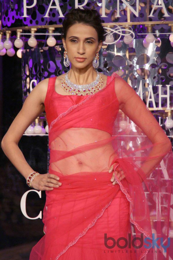 Bipasha Basu stuns at ICW 2014 Closing Ceremony