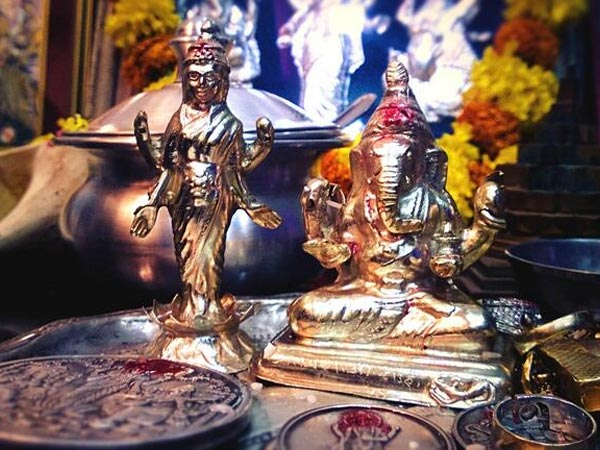 Things To Attract Goddess Lakshmi