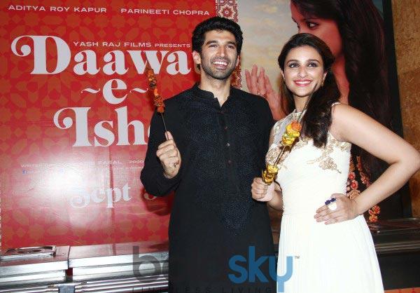 Parineeti Chopra stuns at Trailor Launch of Daawat E Ishq