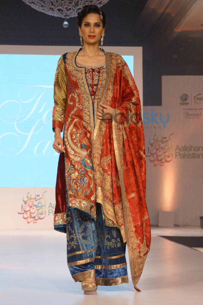 Aalishan Pakistan Fashion Show In New Delhi Photos Pics 266731 Boldsky Gallery Boldsky Gallery