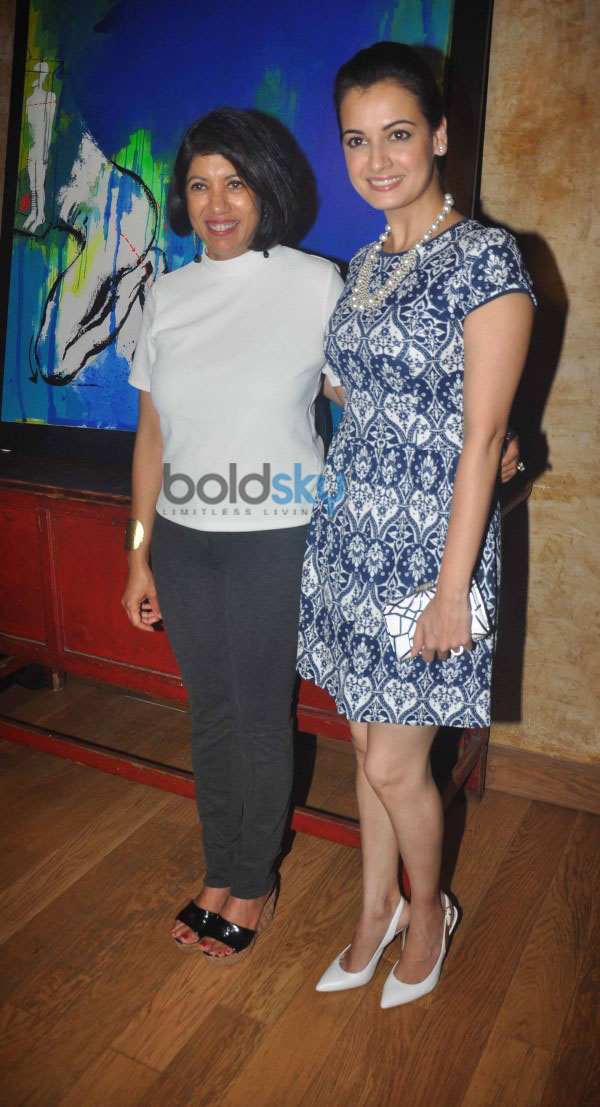 Dia Mirza Launched art exhibition at Le Pain Quotidien