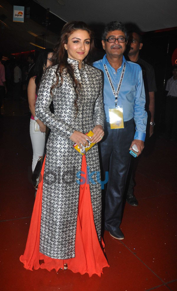 Soha Ali Khan At The Premier Of  Her Movie Chaarfutiya Chokare