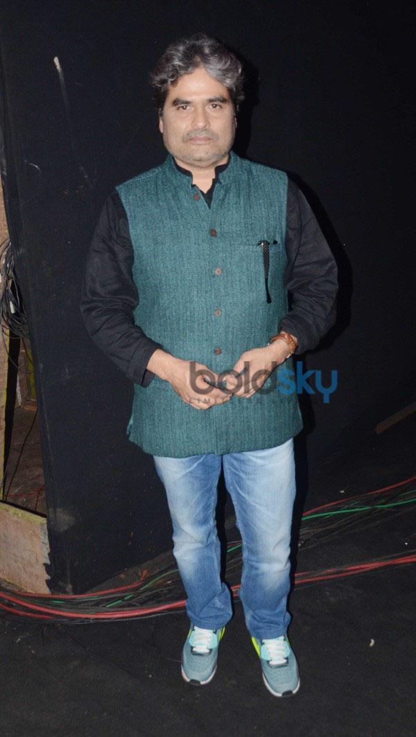 Shraddha Kapoor Promotes Haider On The Sets Of Indias Raw Star