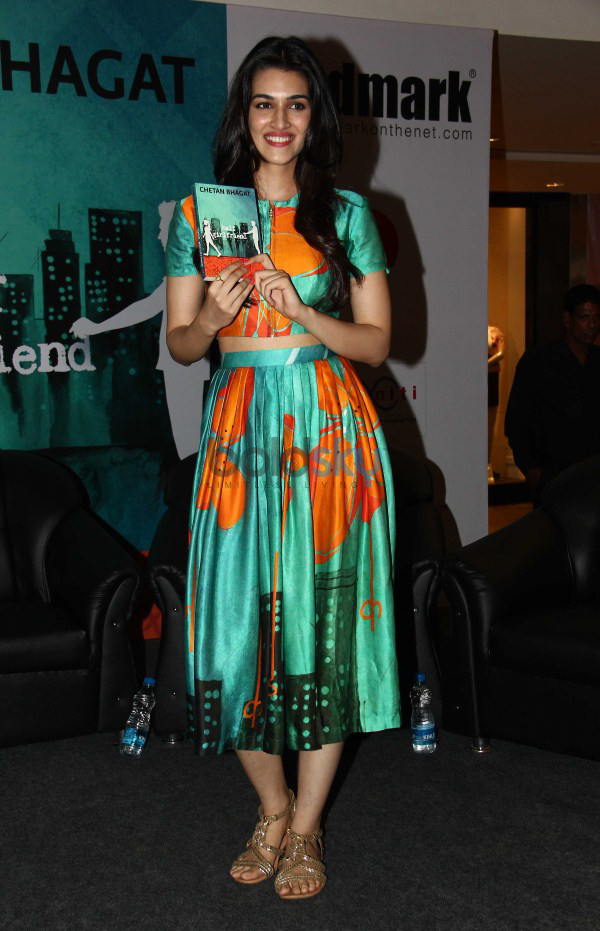 Chetan Bhagats Half Girlfriend Book Launch