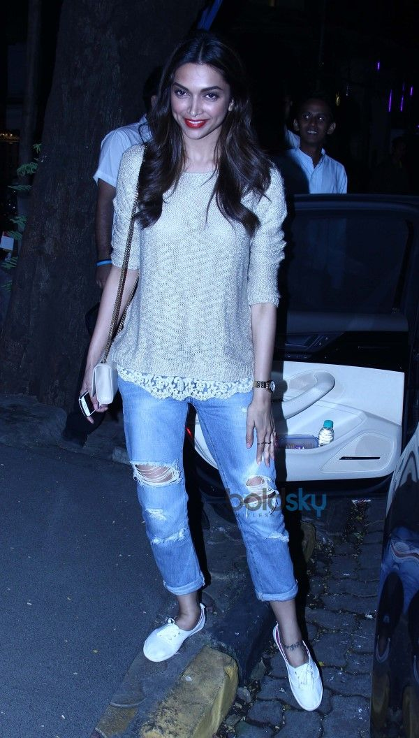 Deepika Padukone Snapped At Nido