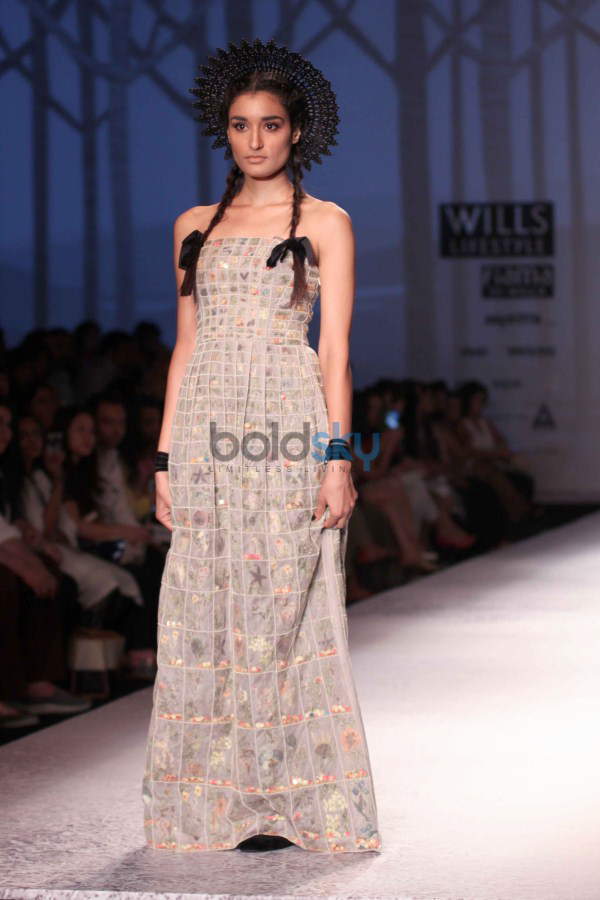 Wills India Fashion Week 2015 - Paras And Shalini