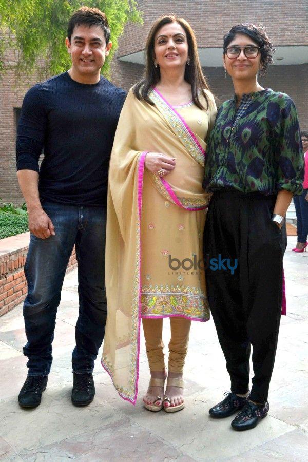 Aamir Khan, Kiran Rao And Nita Ambani At Agra