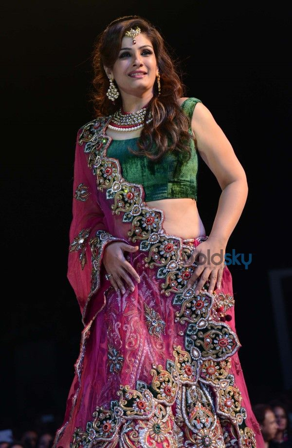 Raveena Tandon Showstopper At 'Asif Shah Couture 2014' Fashion Show