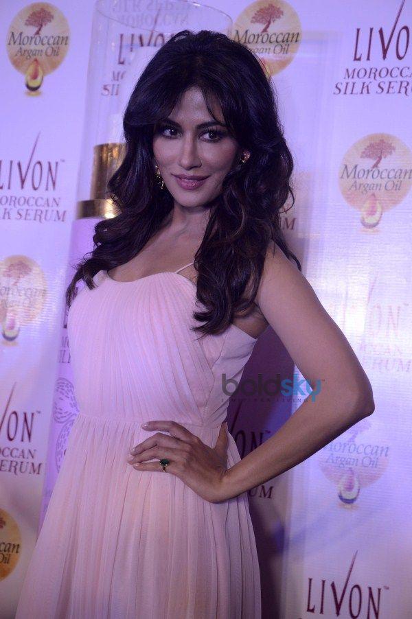 Soha Ali Khan And Chitrangada Singh launch Livon Moroccan Silk Serum