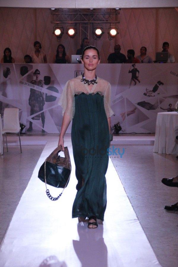 Jacqueline Fernandez At Elle Graduates 2014