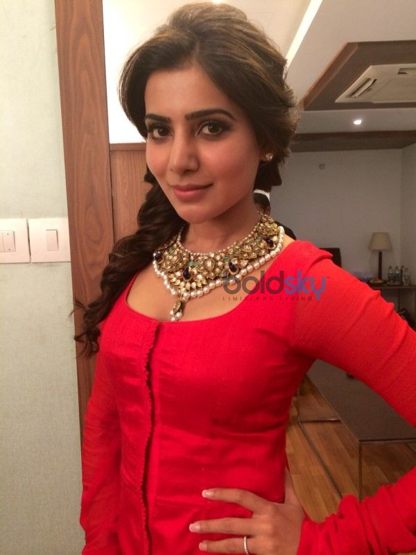 Samantha Ruth Prabhu In Red Gown