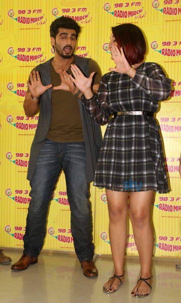 Sonakshi Sinha And Arjun Kapoor Promote 'Tevar'