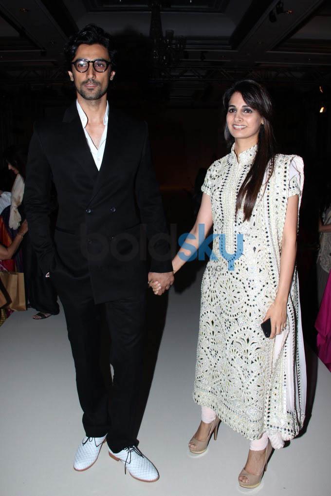 Actor Kunal Kapoor Marries Amitabh Bachchan's Niece Naina Bachchan